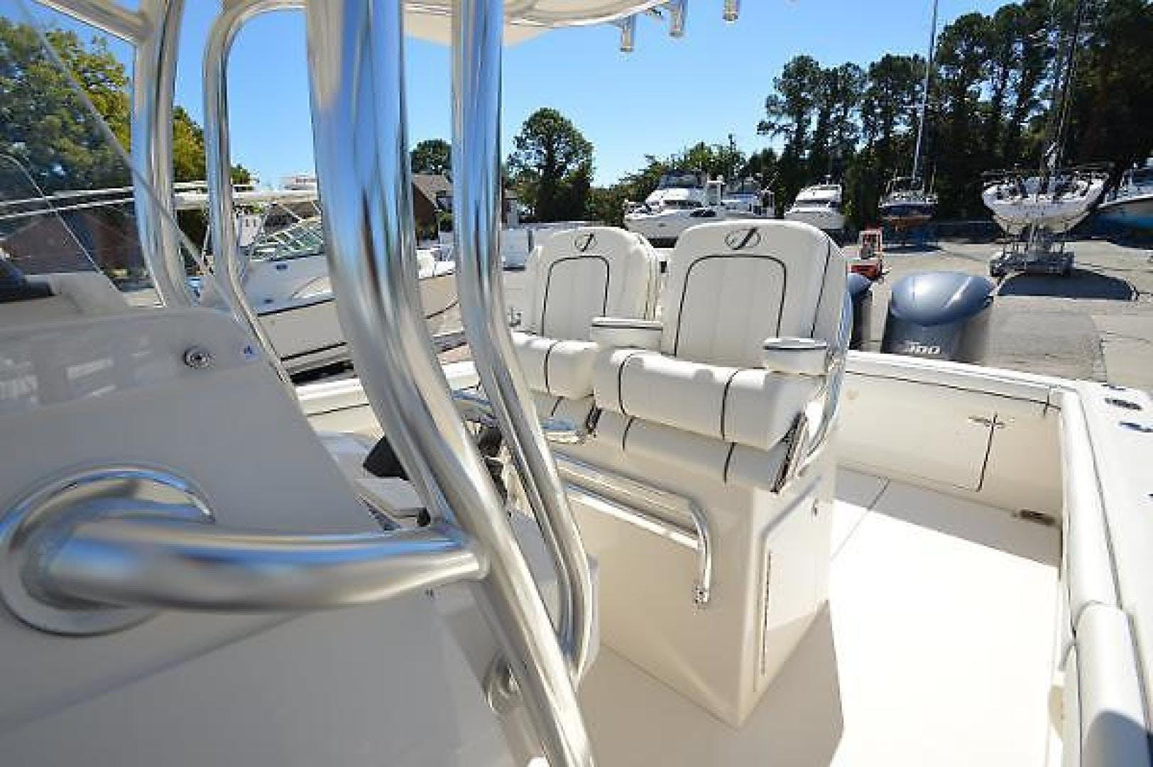 2016 Jupiter 30' 30 Hybrid Forward Seating Traveller  | Picture 5 of 51