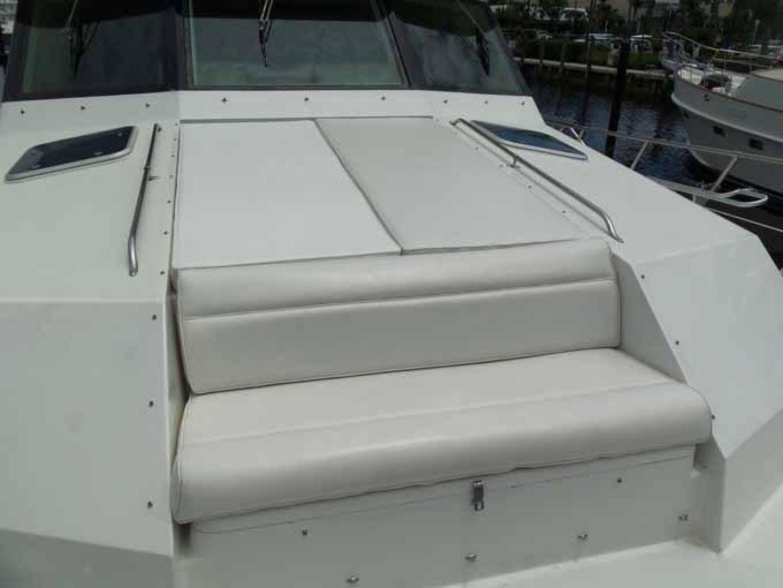 1996 Hatteras 74' Motoryacht Sport Deck DUCHESS | Picture 2 of 81
