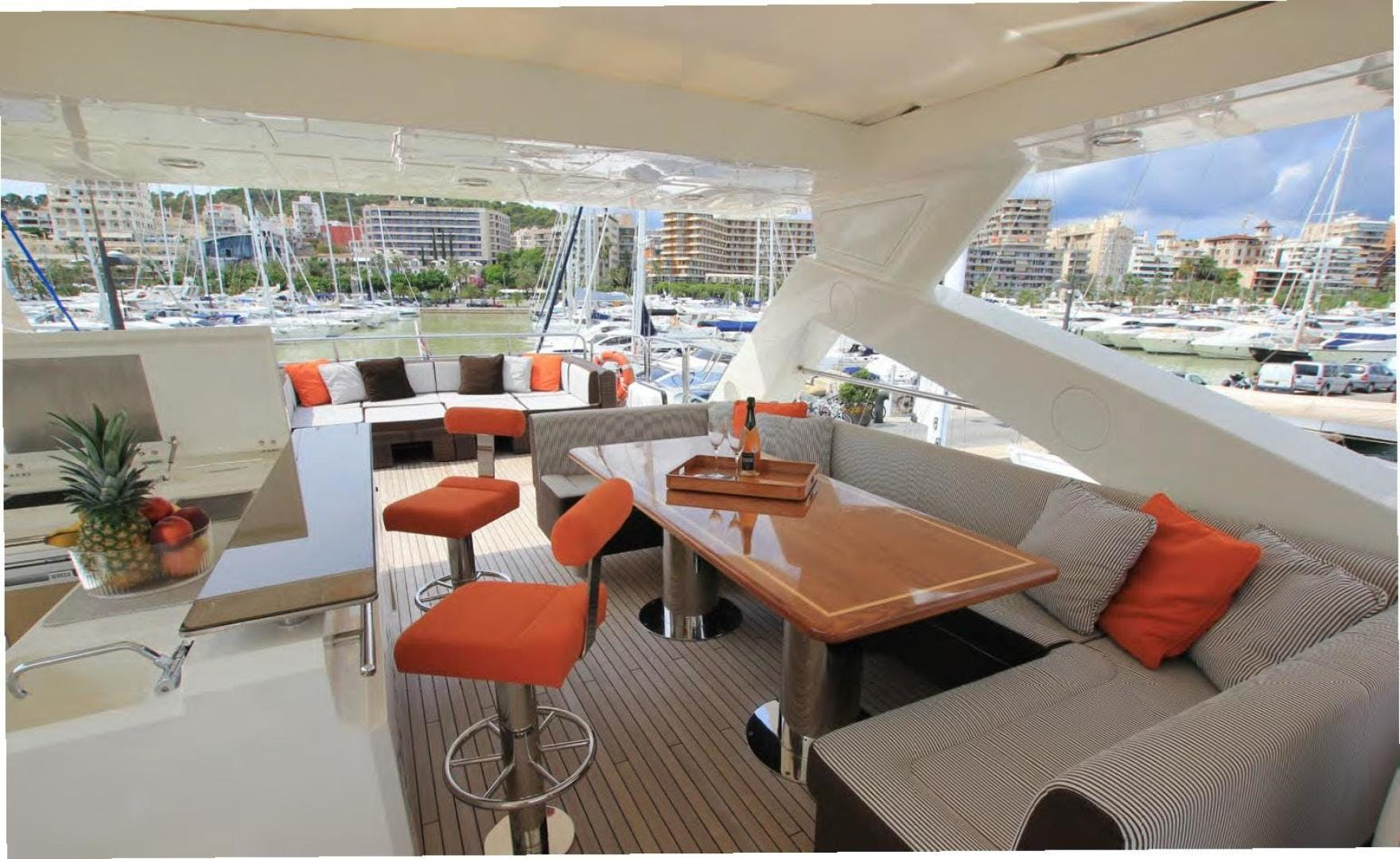 2009 Sunseeker 88' Flybridge Motoryacht ANNABEL | Picture 8 of 26