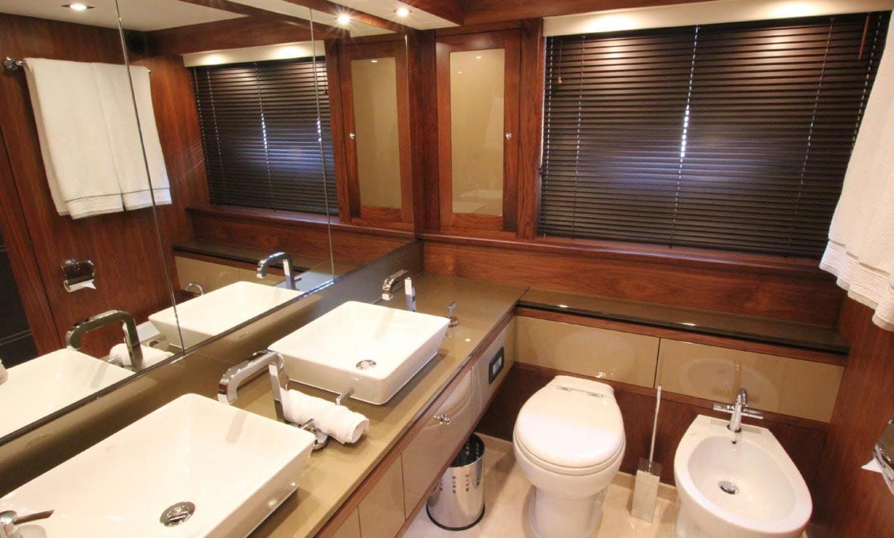 2009 Sunseeker 88' Flybridge Motoryacht ANNABEL | Picture 2 of 26
