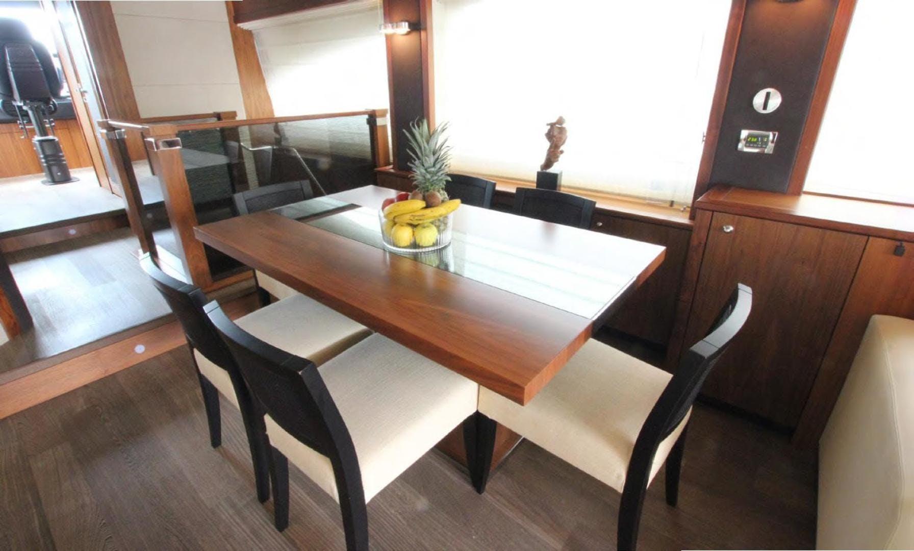 2009 Sunseeker 88' Flybridge Motoryacht ANNABEL | Picture 6 of 26