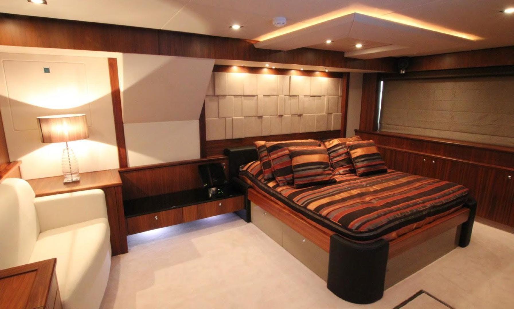 2009 Sunseeker 88' Flybridge Motoryacht ANNABEL | Picture 1 of 26