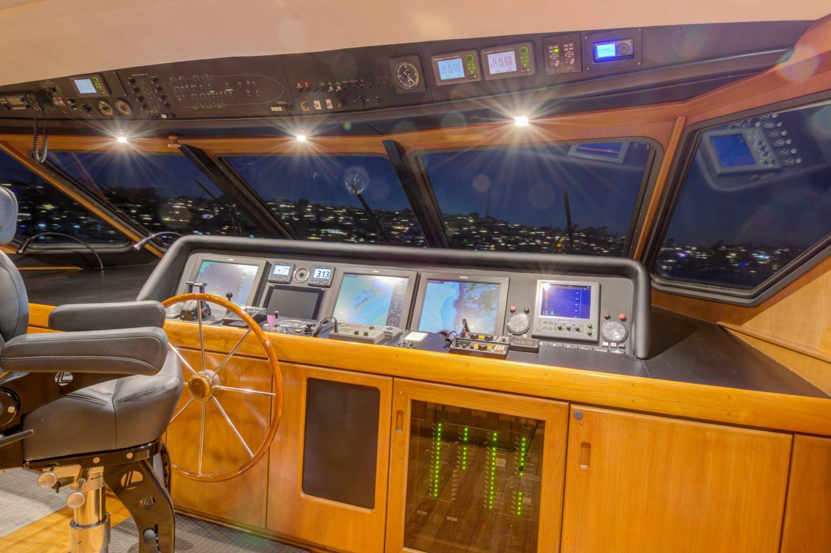 1990 Christensen 115' Cockpit Motoryacht OCEAN PEARL | Picture 2 of 40