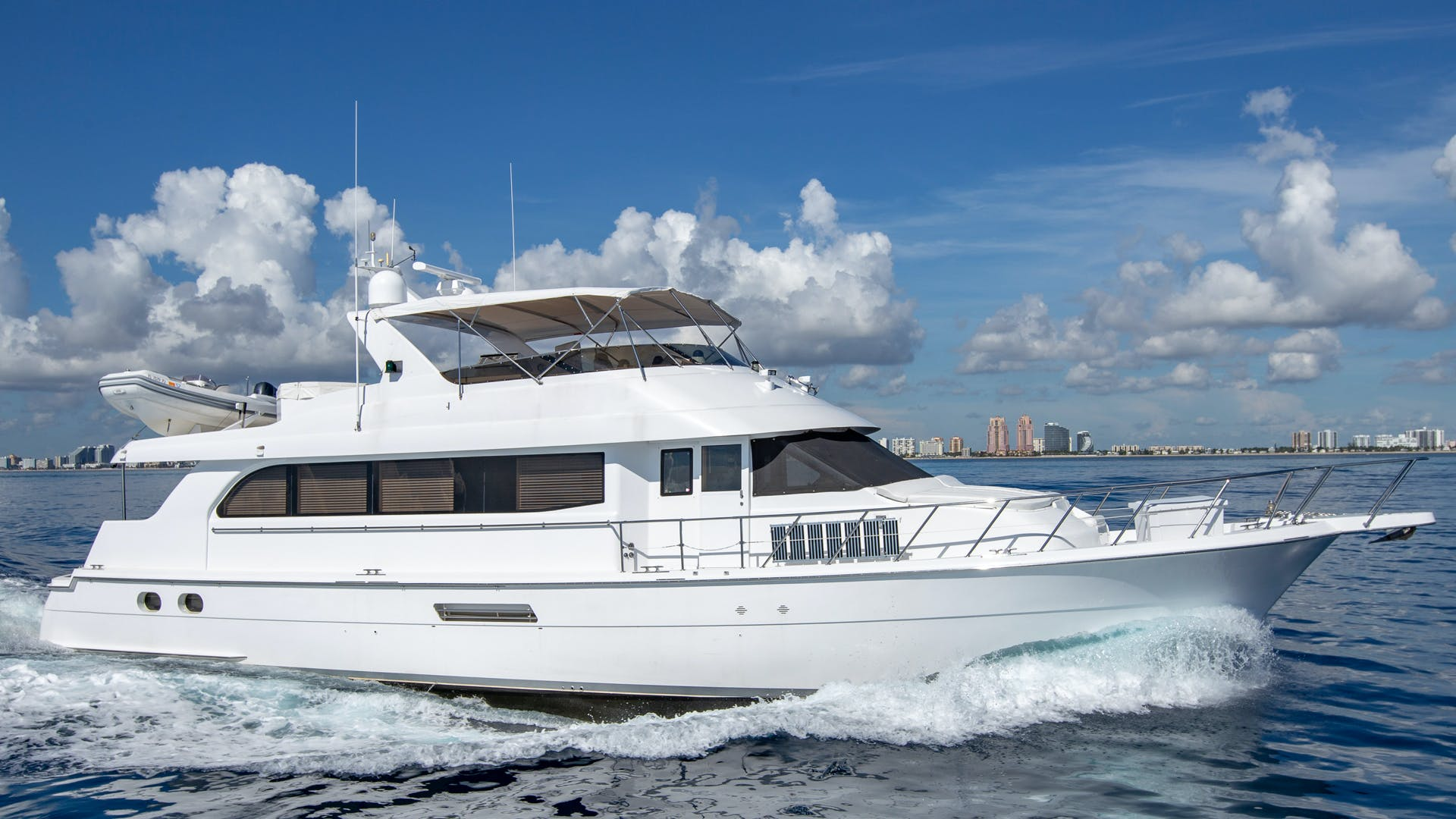 2000 Hatteras 75' Cockpit Motor Yacht Getaway | Picture 1 of 59