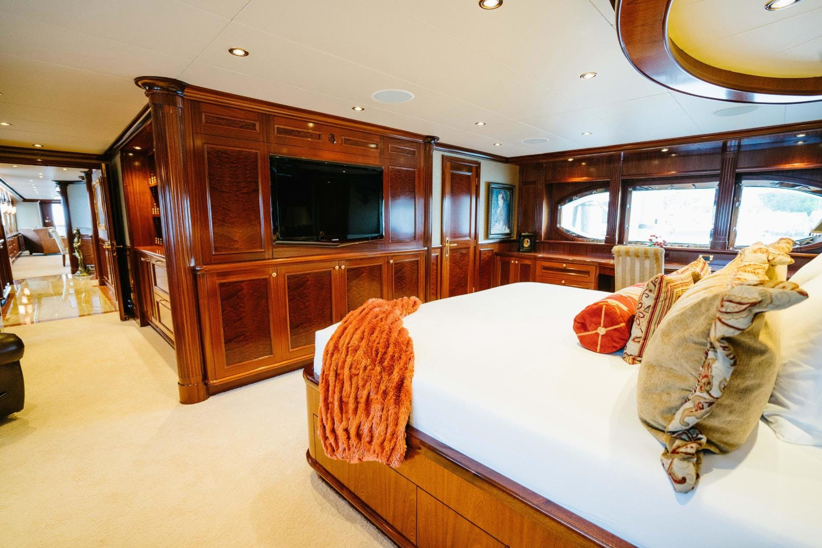 2010 Richmond Yachts 150' Tri-Deck Motor Yacht EXCELLENCE | Picture 5 of 74