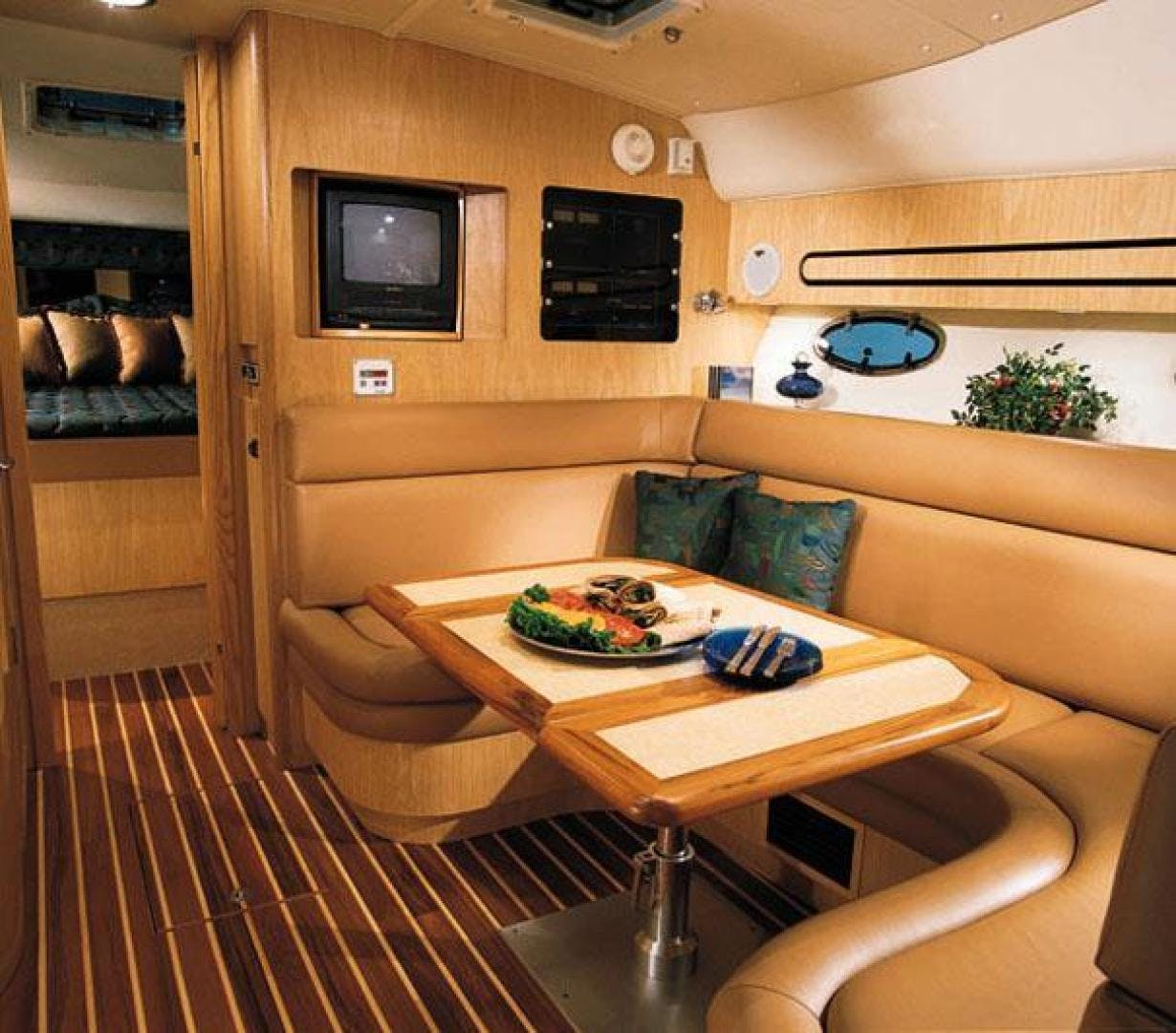 2003 Tiara Yachts 38' 3800 Open Pressure Drop | Picture 4 of 8