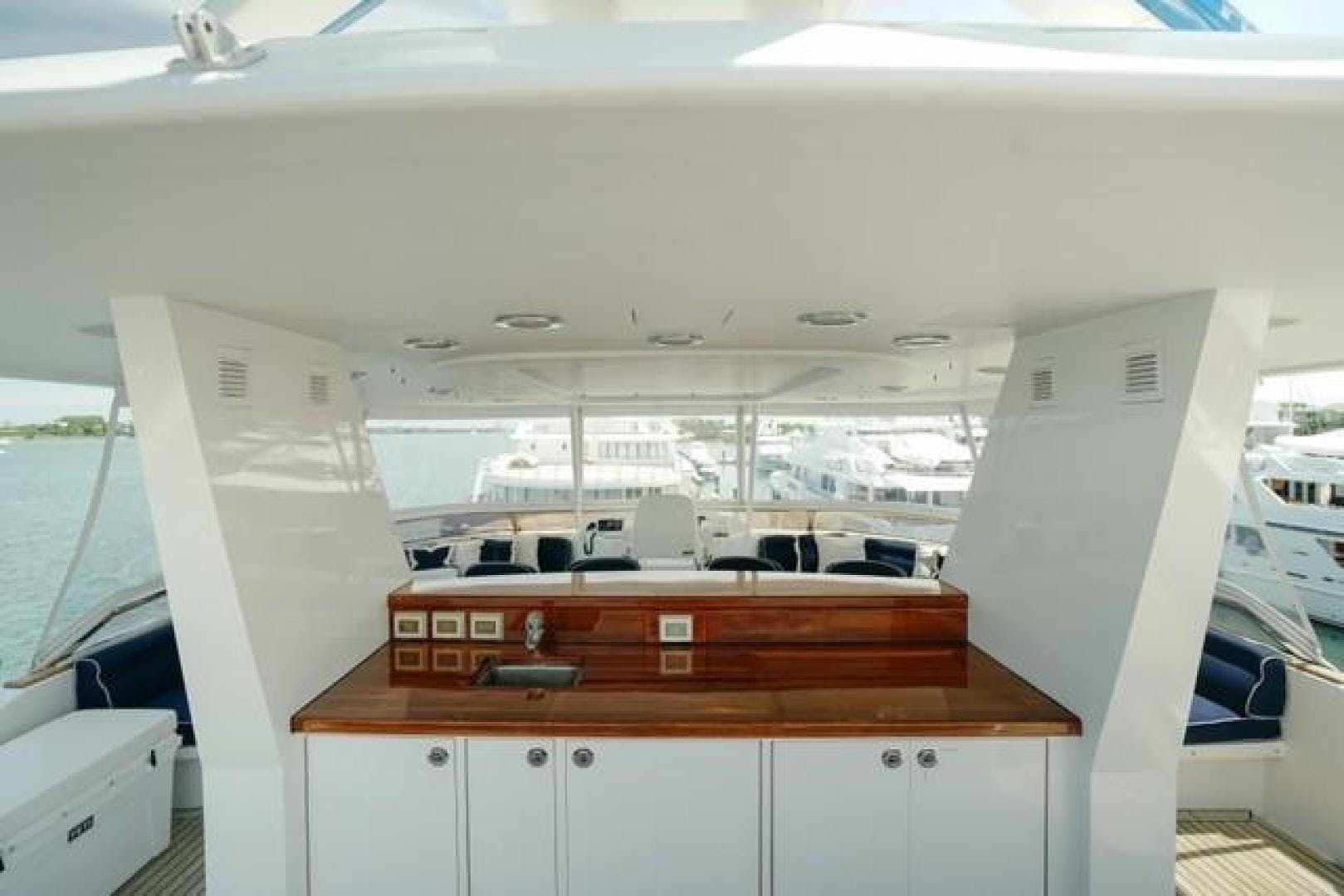 2007 Westport 130' Classic PLAN A | Picture 2 of 55