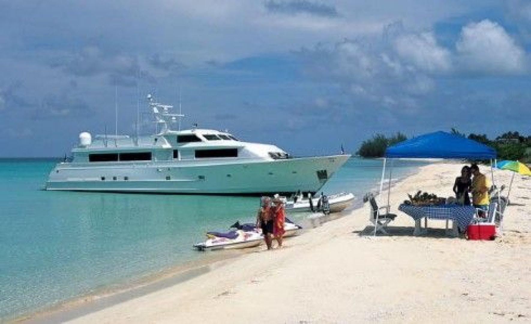 1988 Denison 115' High Speed Motoryacht THUNDERBALL | Picture 5 of 21