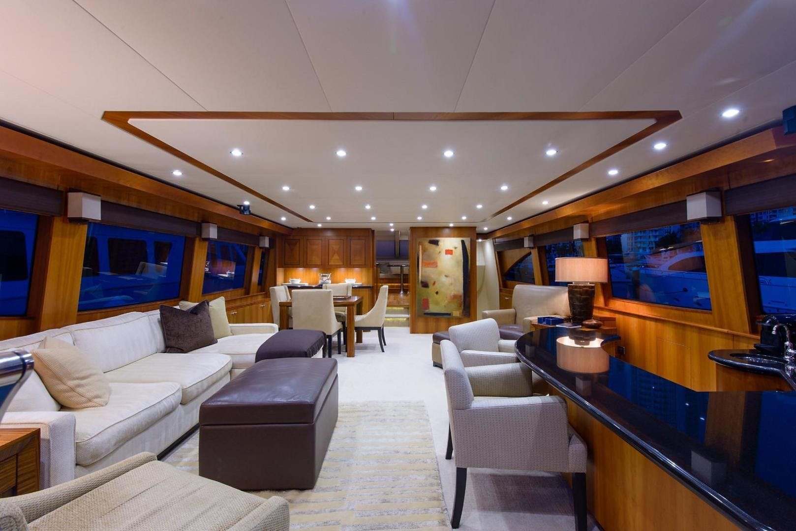 2013 Hatteras 80' 80 Motor Yacht  | Picture 4 of 66