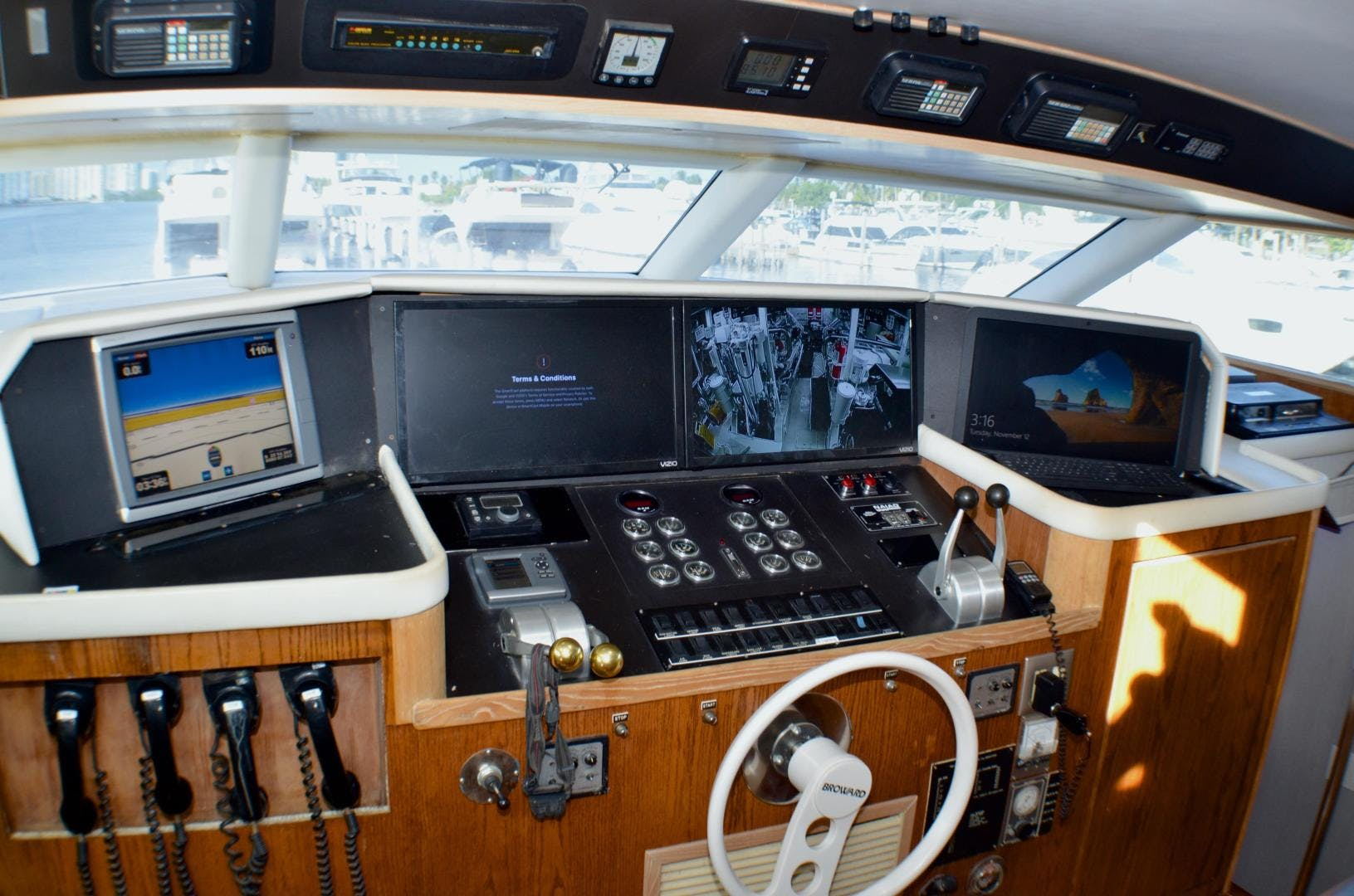 1989 Broward 104' Cockpit Motor Yacht ISABELLA | Picture 4 of 74