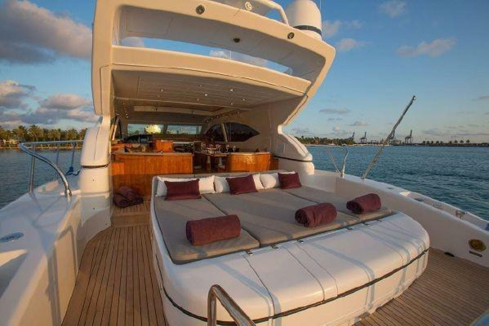 2006 Mangusta 72' 72 YCM | Picture 5 of 47