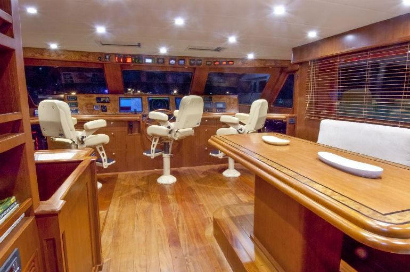 2013 Offshore Yachts 90' Voyager Drumbeat | Picture 5 of 42