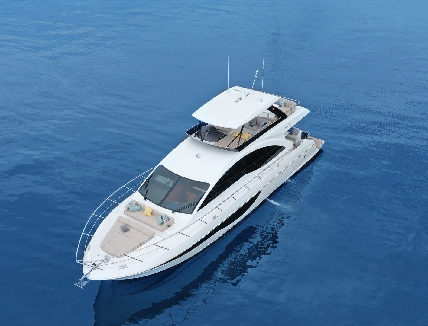 2022 Dyna Yachts 63' Flybridge    Picture 8 of 35