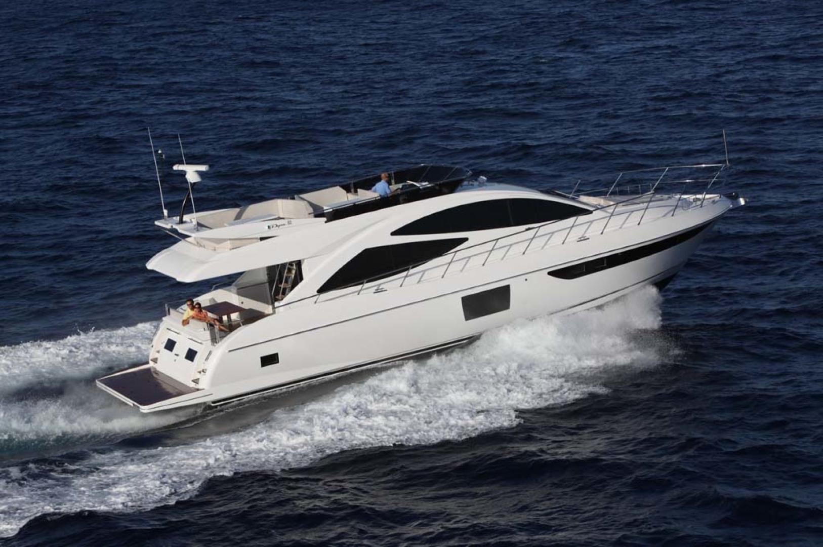 2021 Dyna Yachts 63' Flybridge
