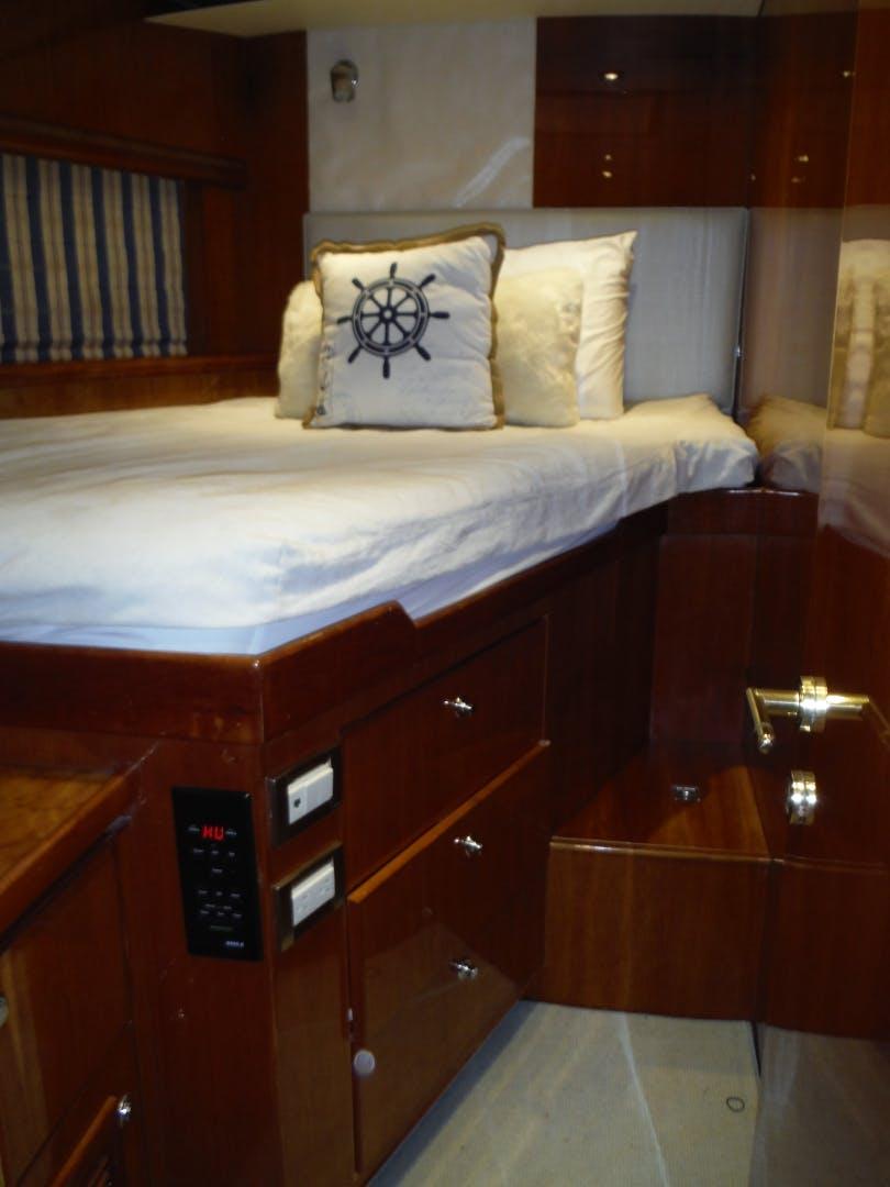 2001 Hargrave 82' Flybridge Motor Yacht GRACE   Picture 4 of 74