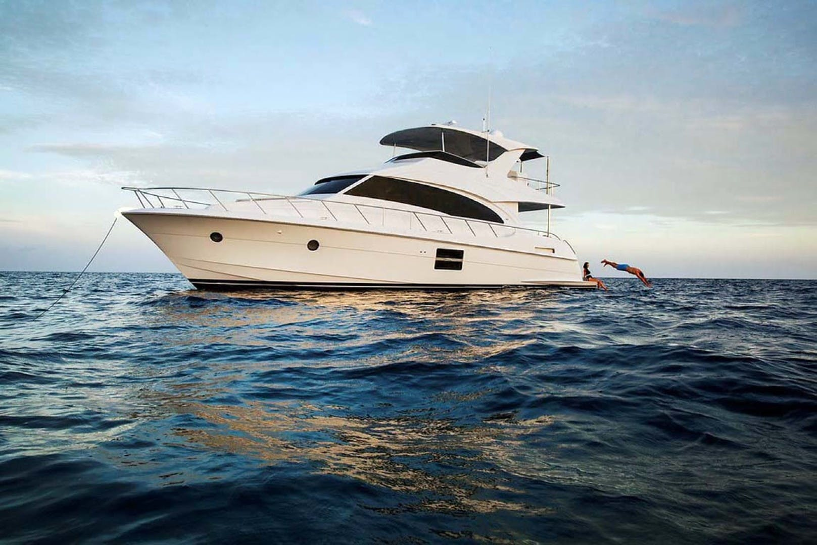 2022 Hatteras 60' M60  | Picture 1 of 18