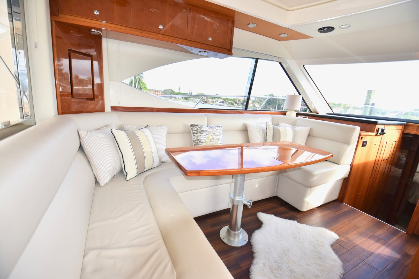 2015 Riviera 44' 44 Sport Yacht Gail Force | Picture 3 of 40
