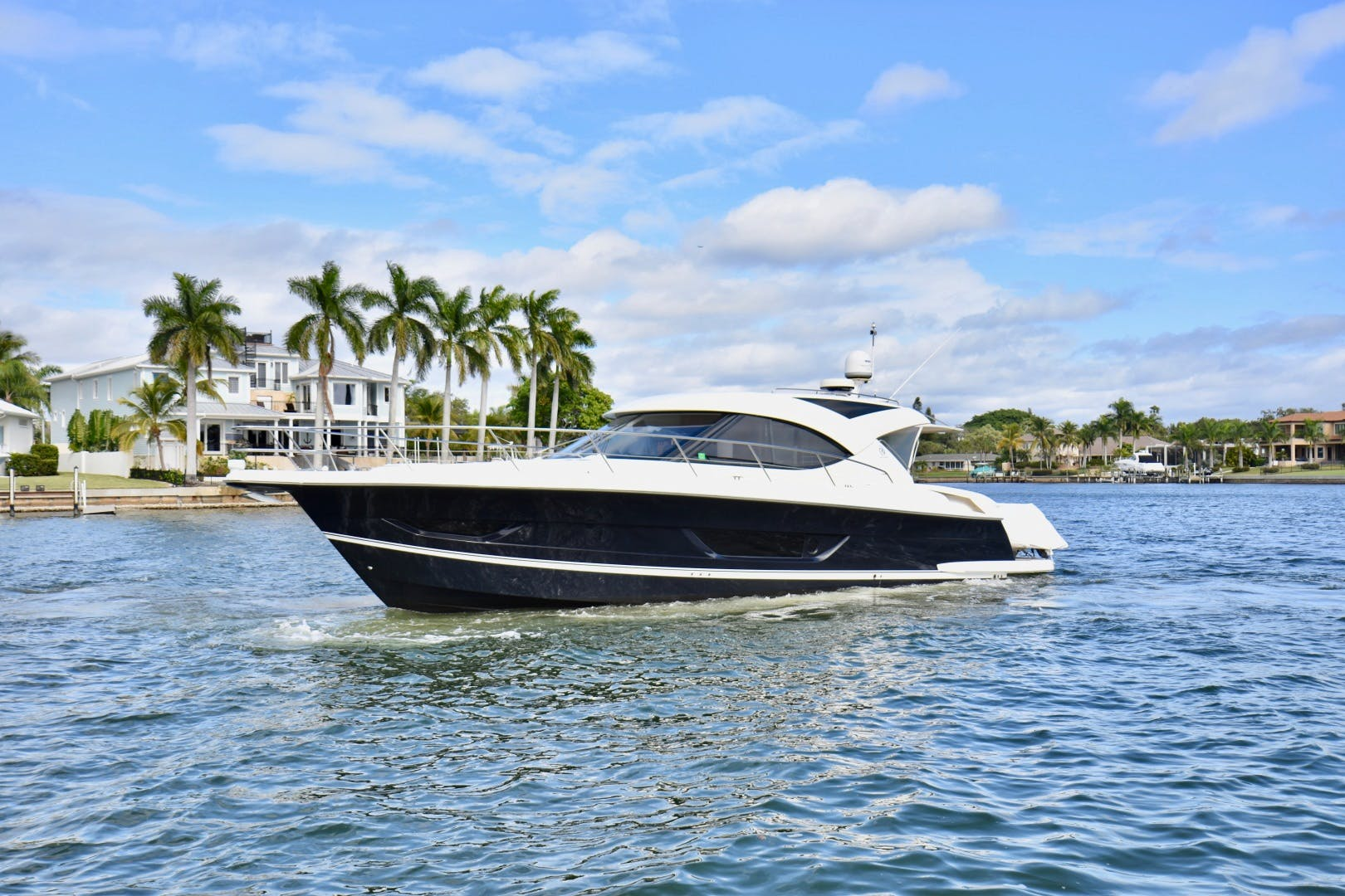 2015 Riviera 44' 44 Sport Yacht Gail Force | Picture 2 of 40