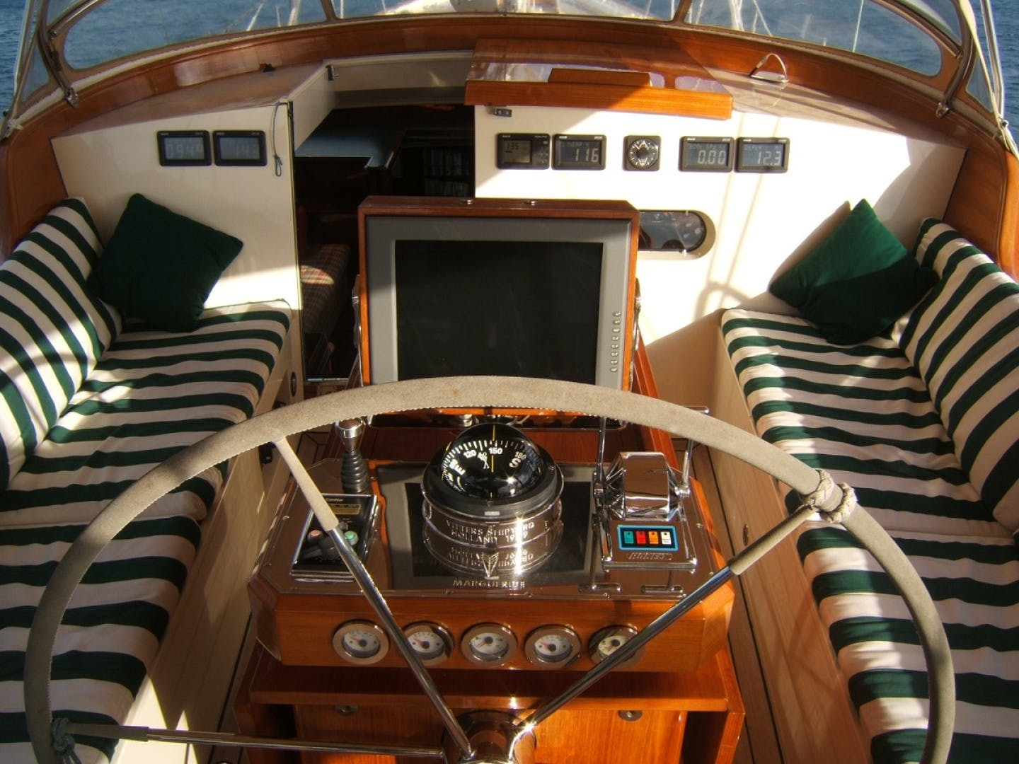 1999 Vitters 93' Performance Cruiser CARMELLA  | Picture 4 of 30