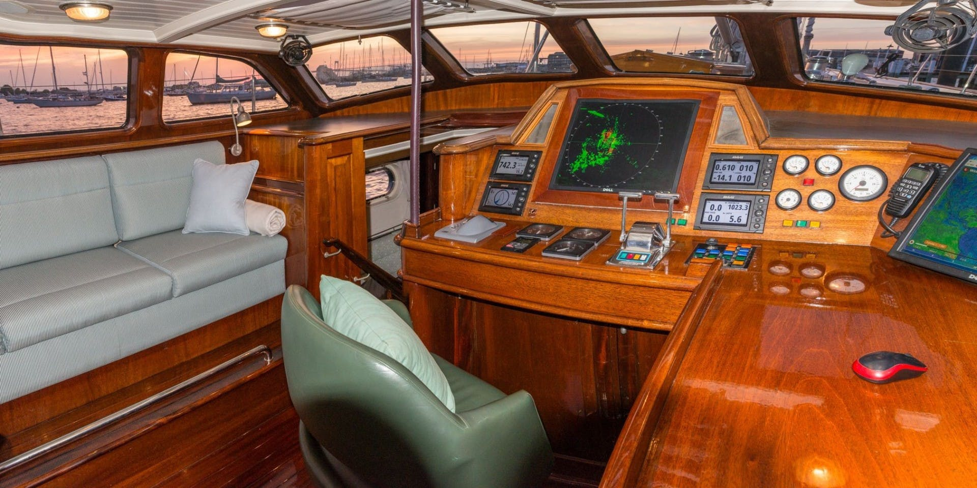 1999 Vitters 93' Performance Cruiser CARMELLA  | Picture 1 of 33