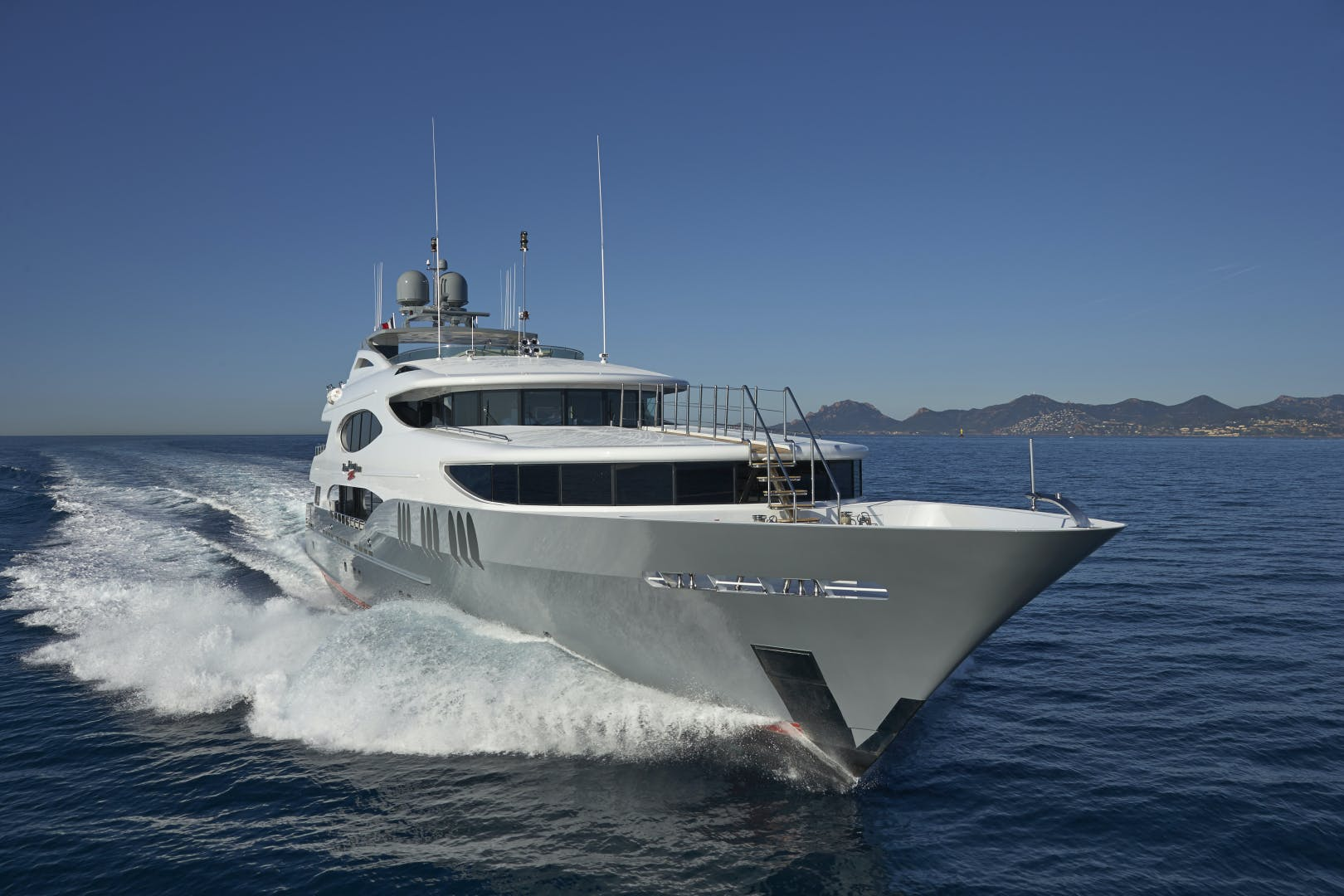 2005 Trinity Yachts 161' Motor Yacht ZOOM ZOOM ZOOM | Picture 8 of 32