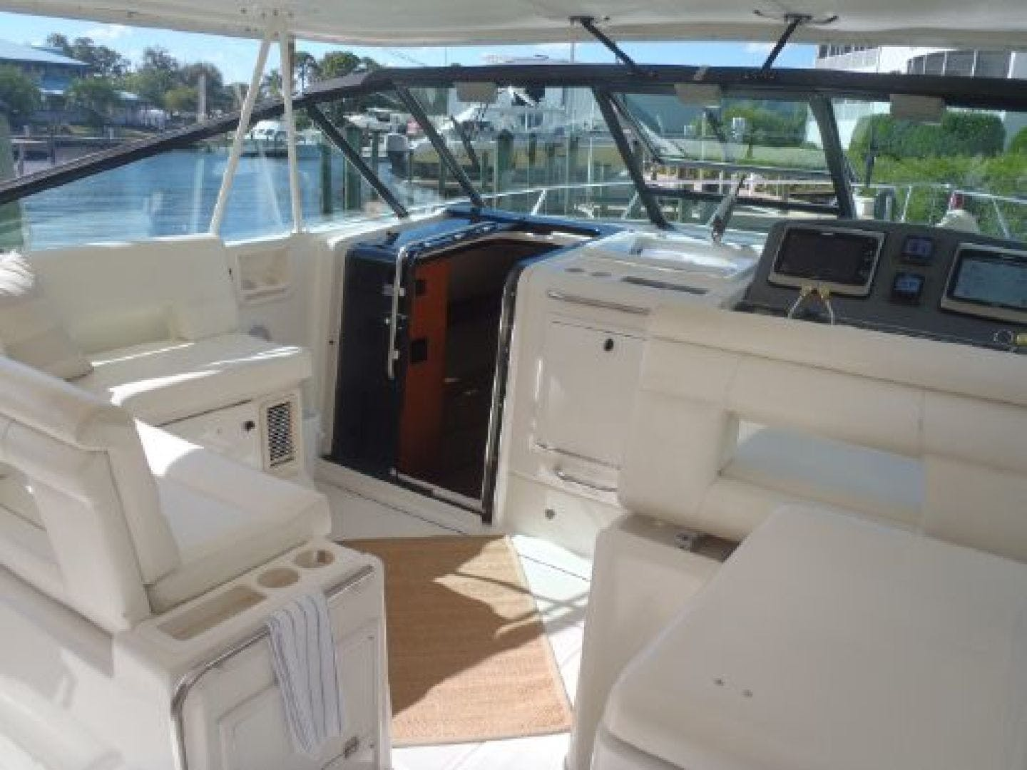 2002 Tiara Yachts 41' 41 Open Island Trader | Picture 5 of 41