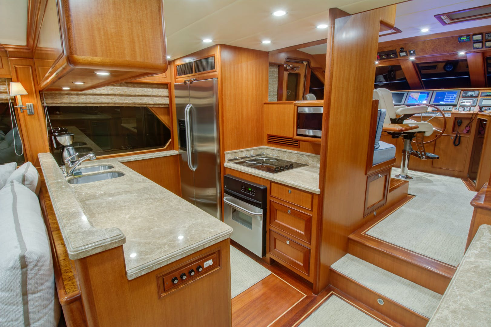 2020 Offshore Yachts 66' 66/72 Pilothouse  | Picture 6 of 10