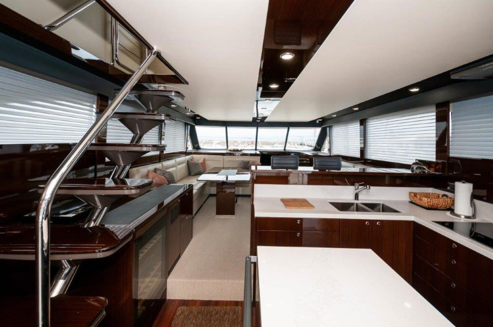 2016 Maritimo 70' M70 After Five | Picture 8 of 74