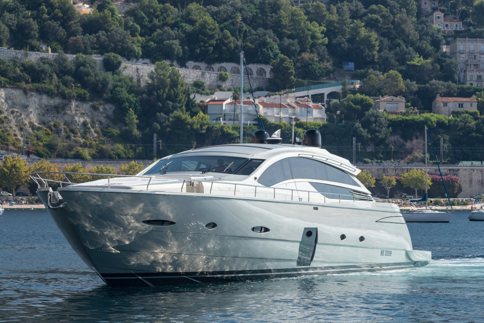 2010 Pershing 80' 80 LOUNOR | Picture 3 of 29