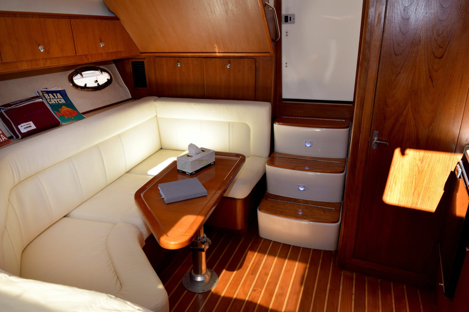 2009 Tiara Yachts 32' 32 Open Solana | Picture 2 of 34