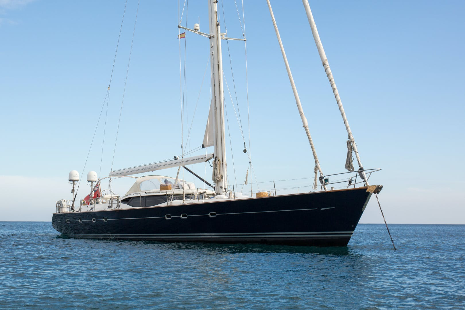 2010 Oyster 82' 82' MATHILDA SOUND   Picture 7 of 64