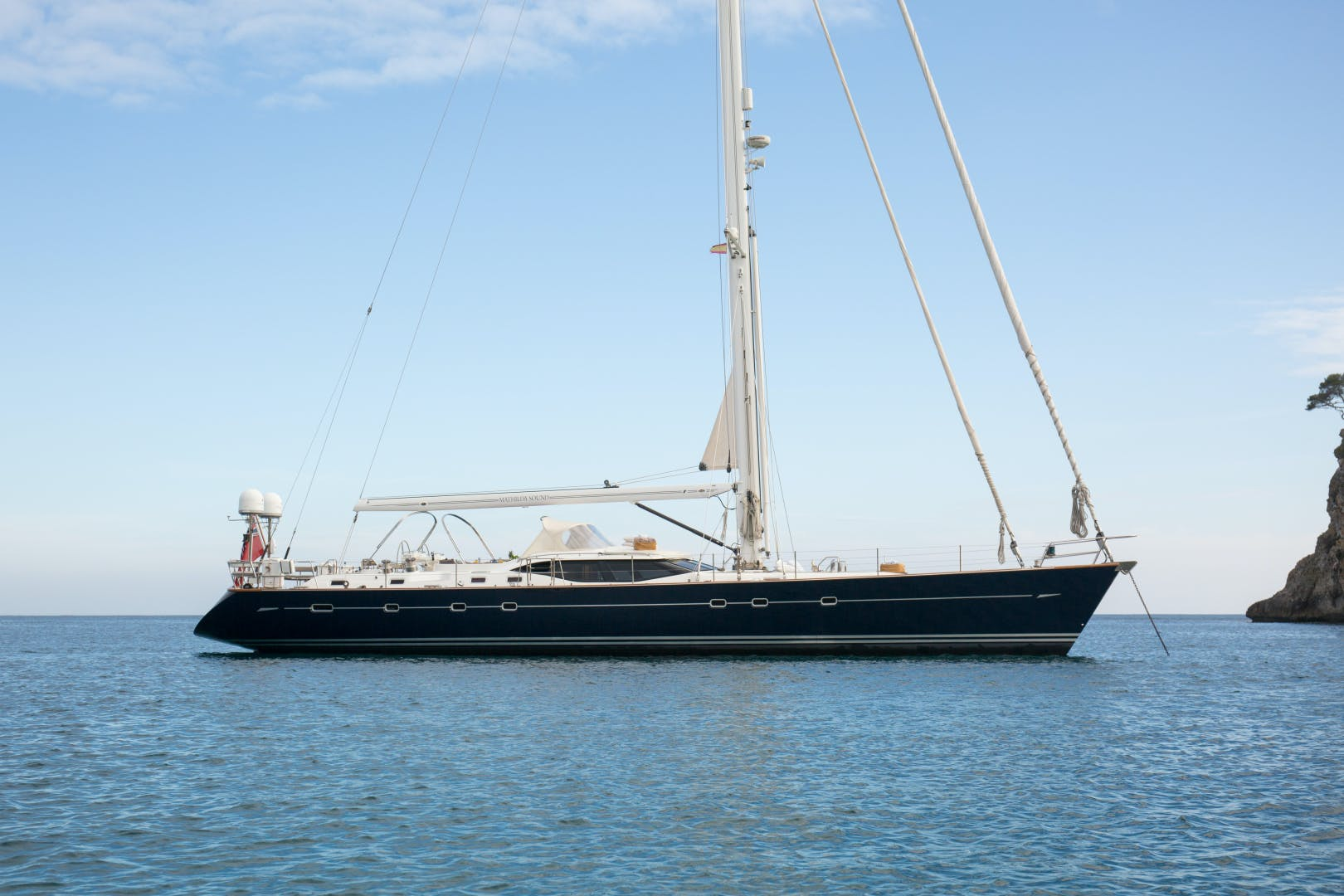 2010 Oyster 82' 82' MATHILDA SOUND   Picture 8 of 64