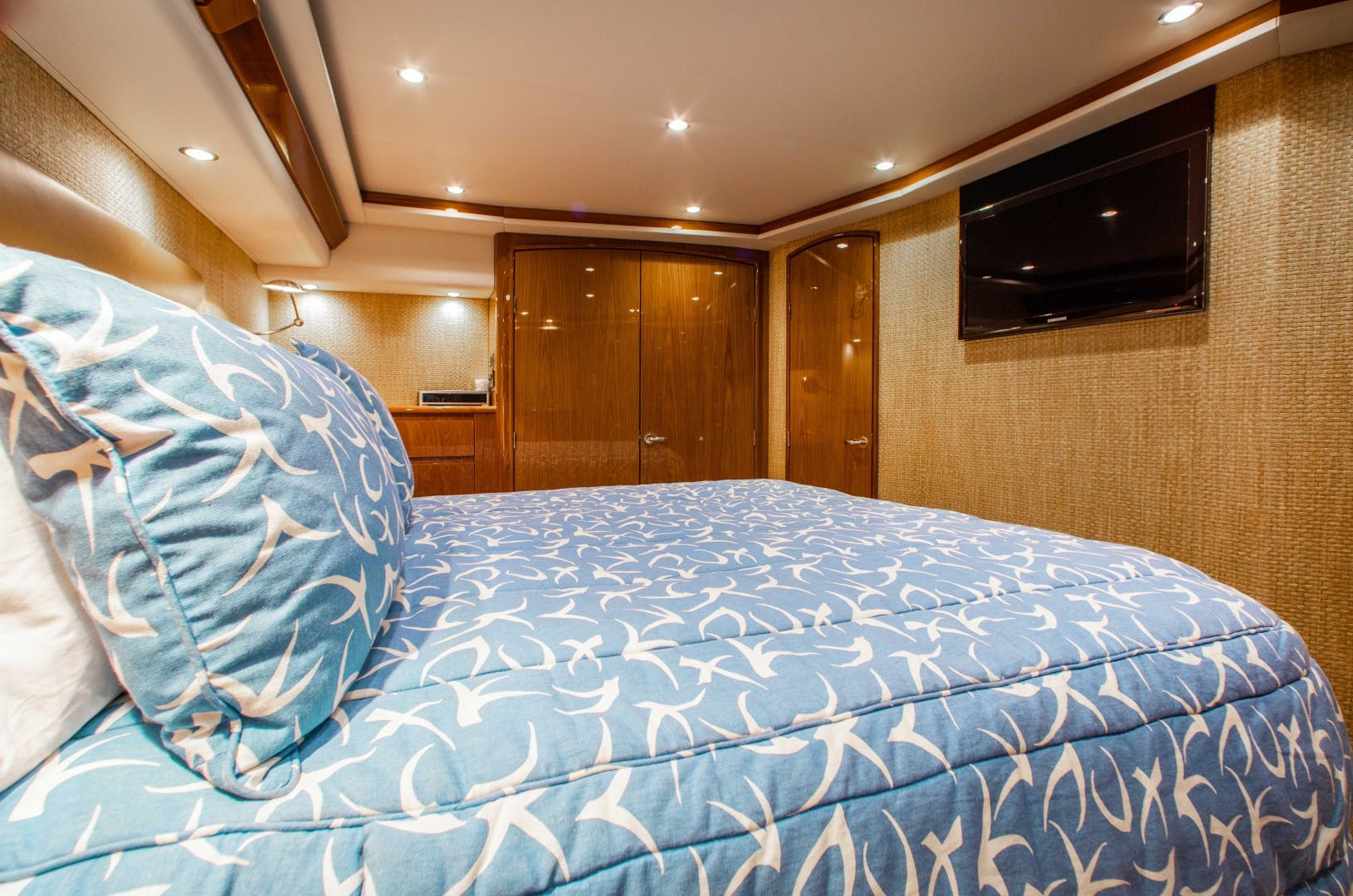 2011 Viking 70' 70 CNV The Provider | Picture 3 of 80