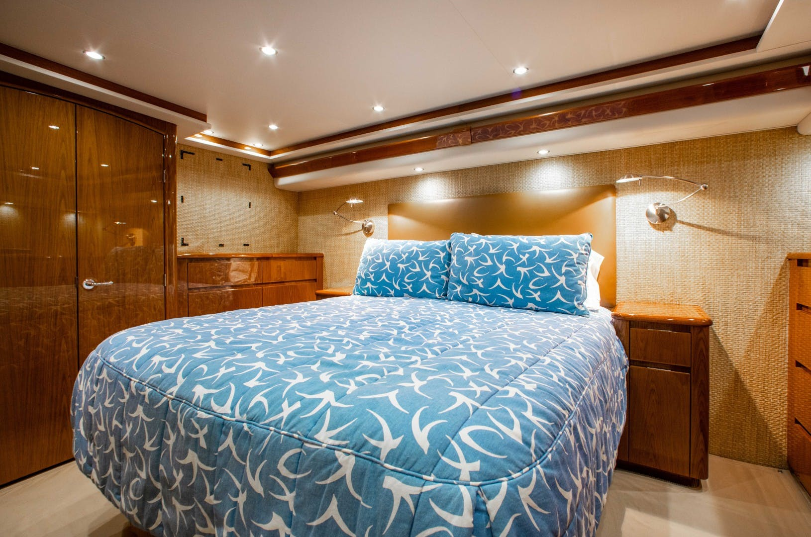2011 Viking 70' 70 CNV The Provider | Picture 4 of 80