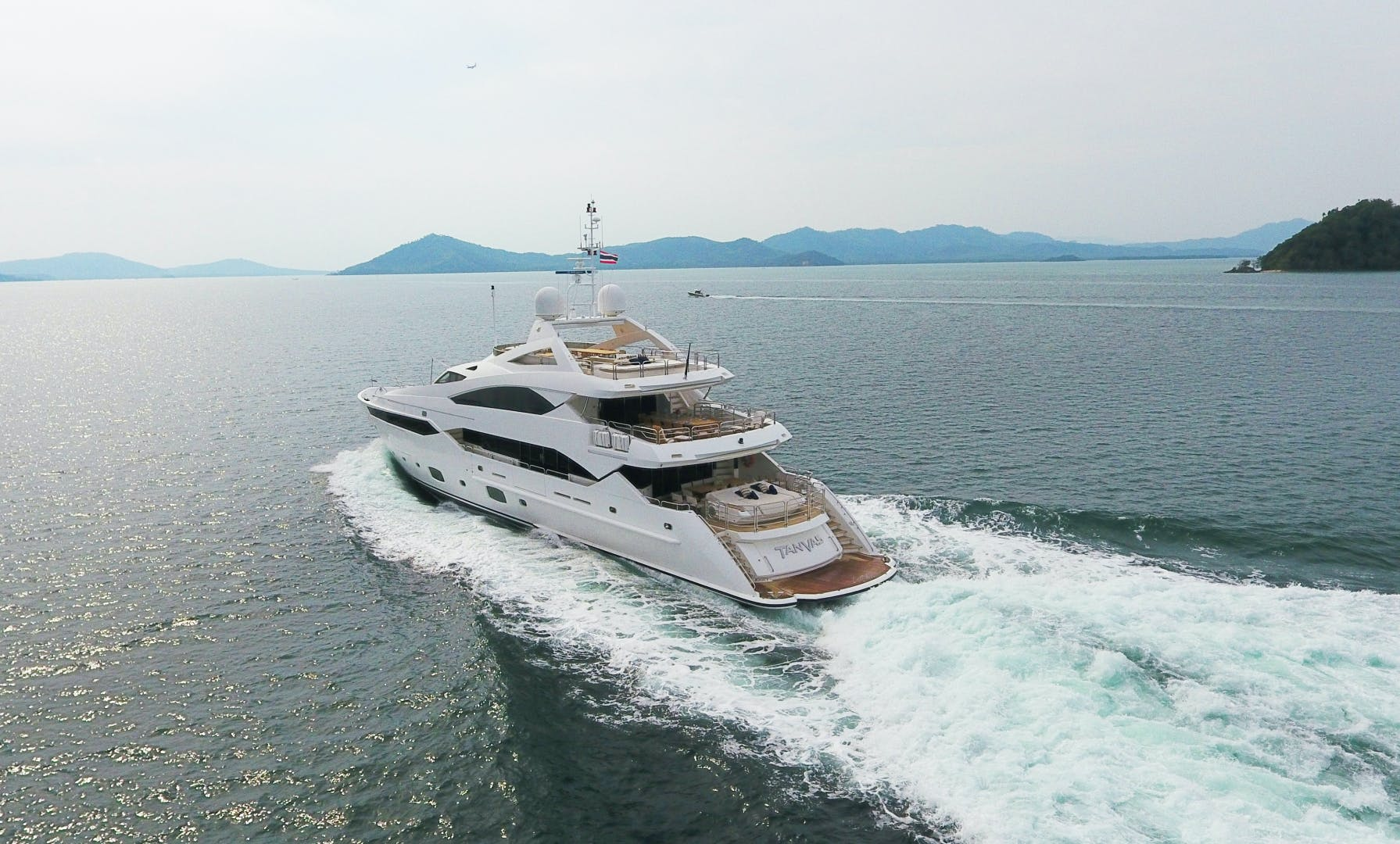2010 Sunseeker 131' 40 M Yacht  TANVAS | Picture 3 of 56