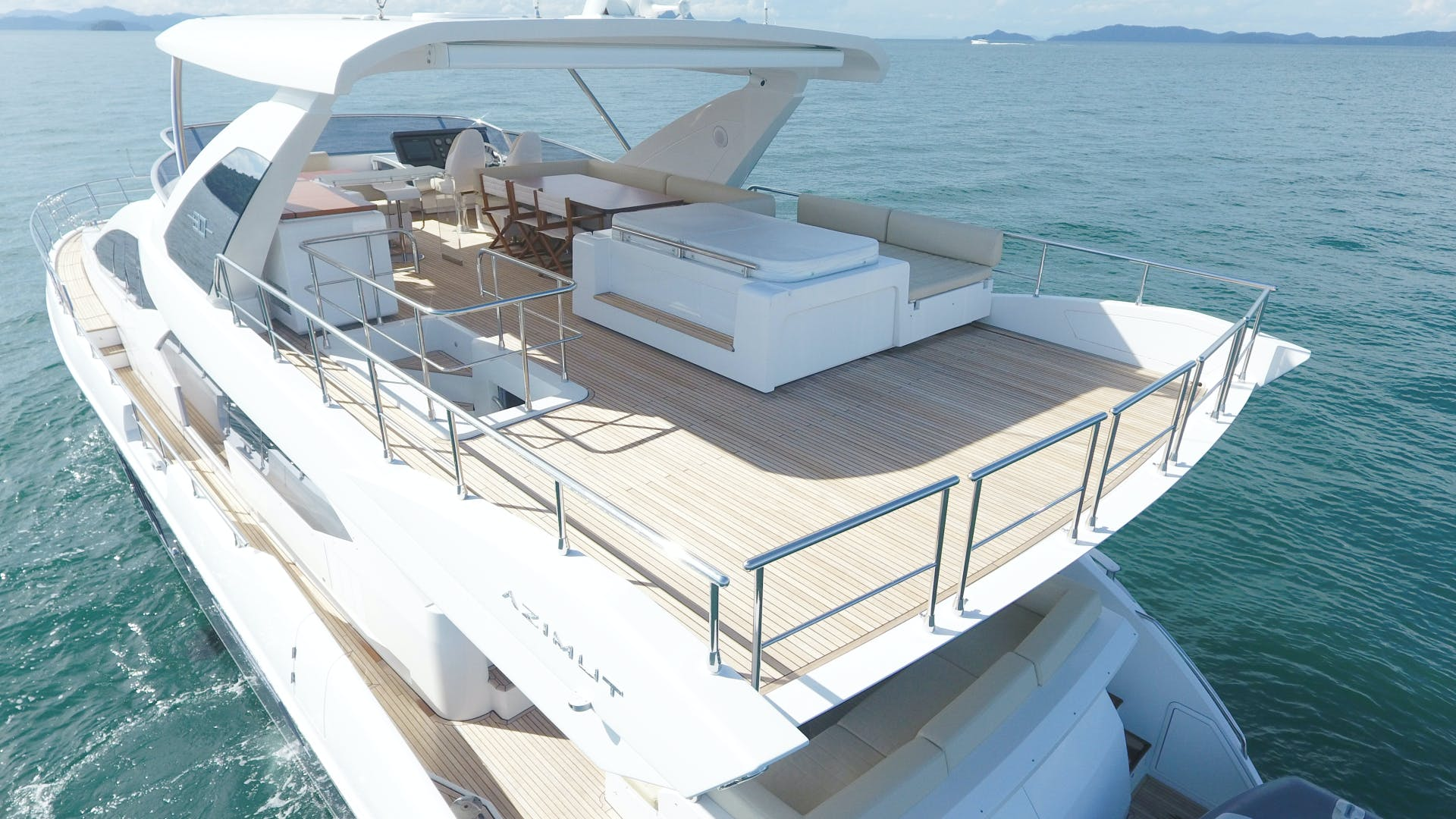 2016 Azimut 83'  OKS | Picture 7 of 34
