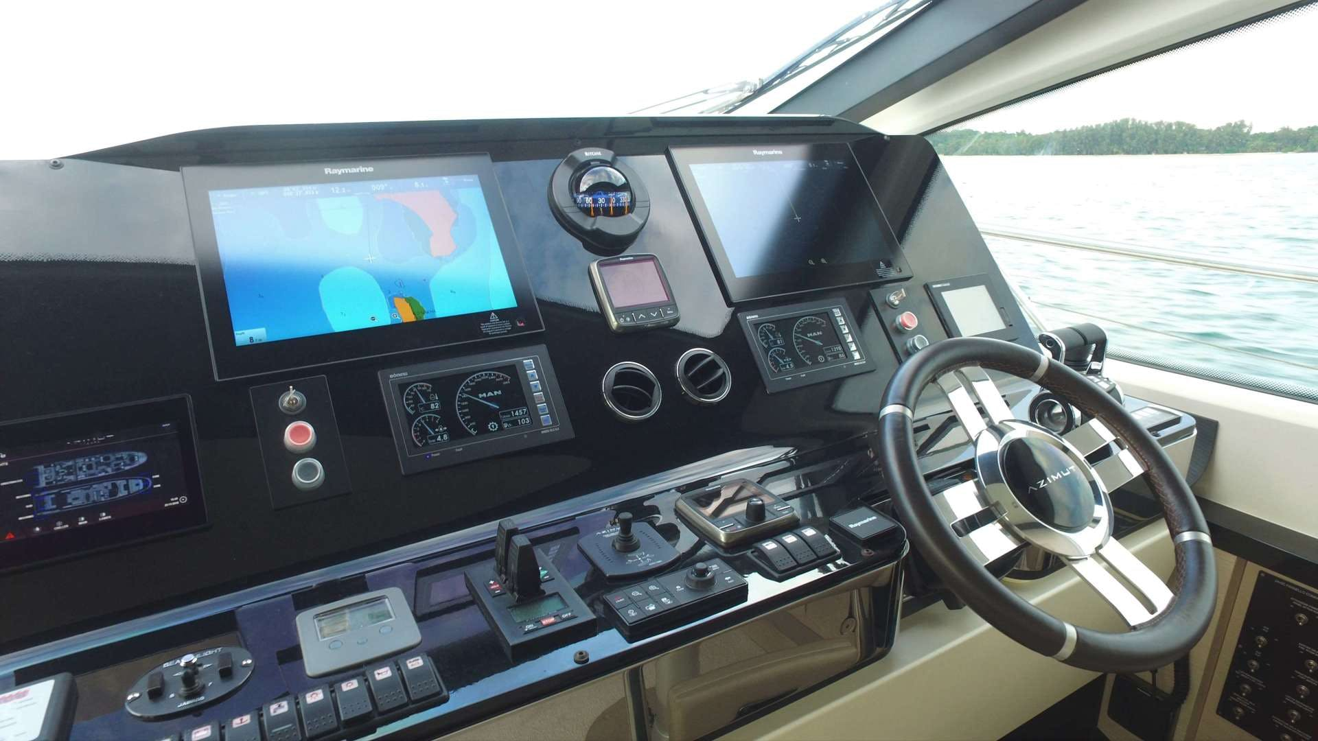 2016 Azimut 83'  OKS | Picture 4 of 34