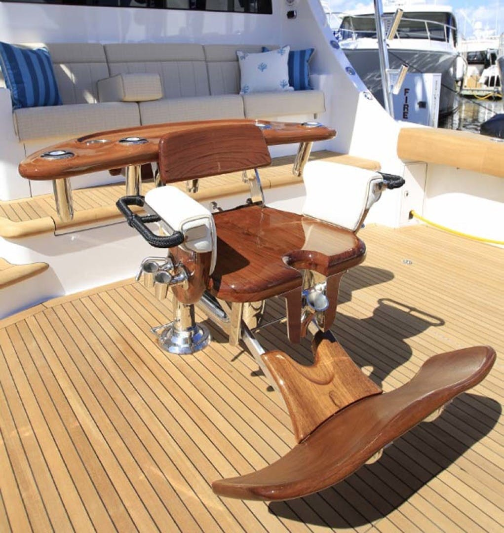 2022 Hatteras 70' GT 70  | Picture 3 of 27