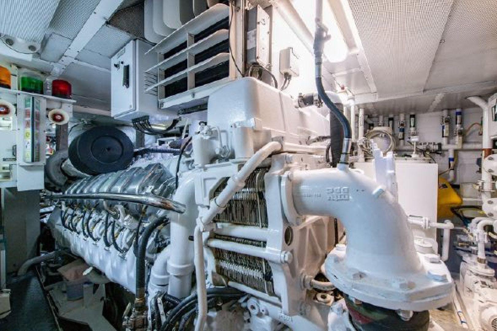 2004 Oceanfast 174' Custom Superyacht MIZU | Picture 8 of 148