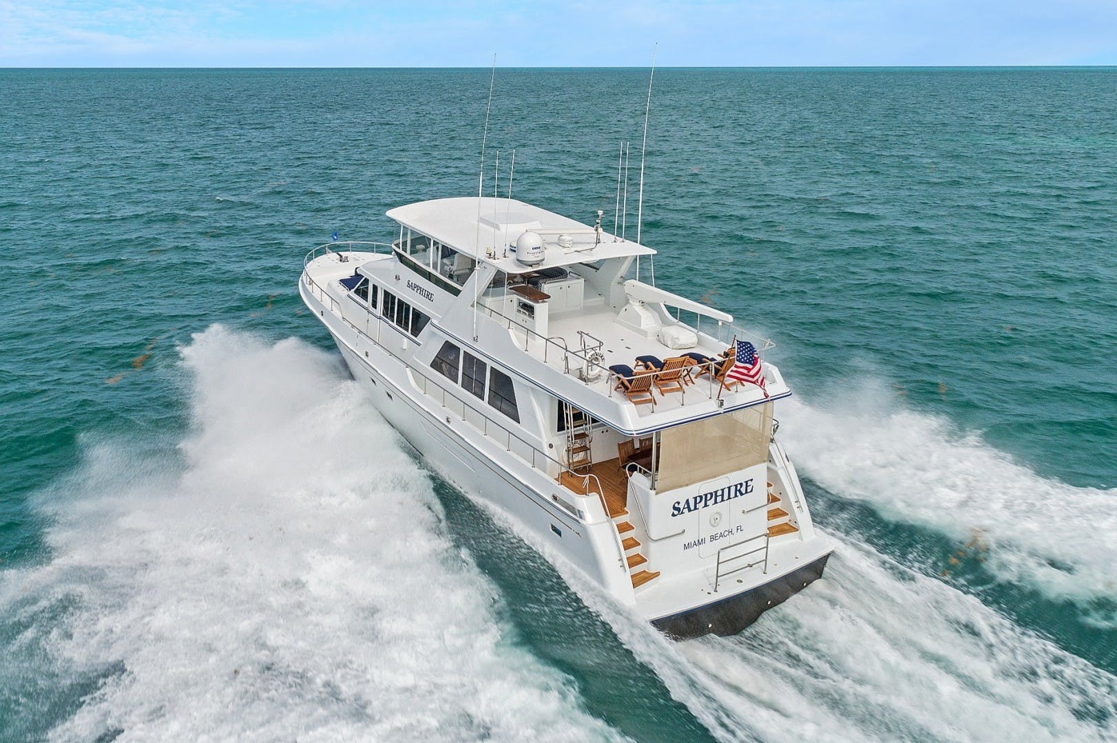 2002 Knight & Carver 70'  SAPPHIRE | Picture 3 of 46