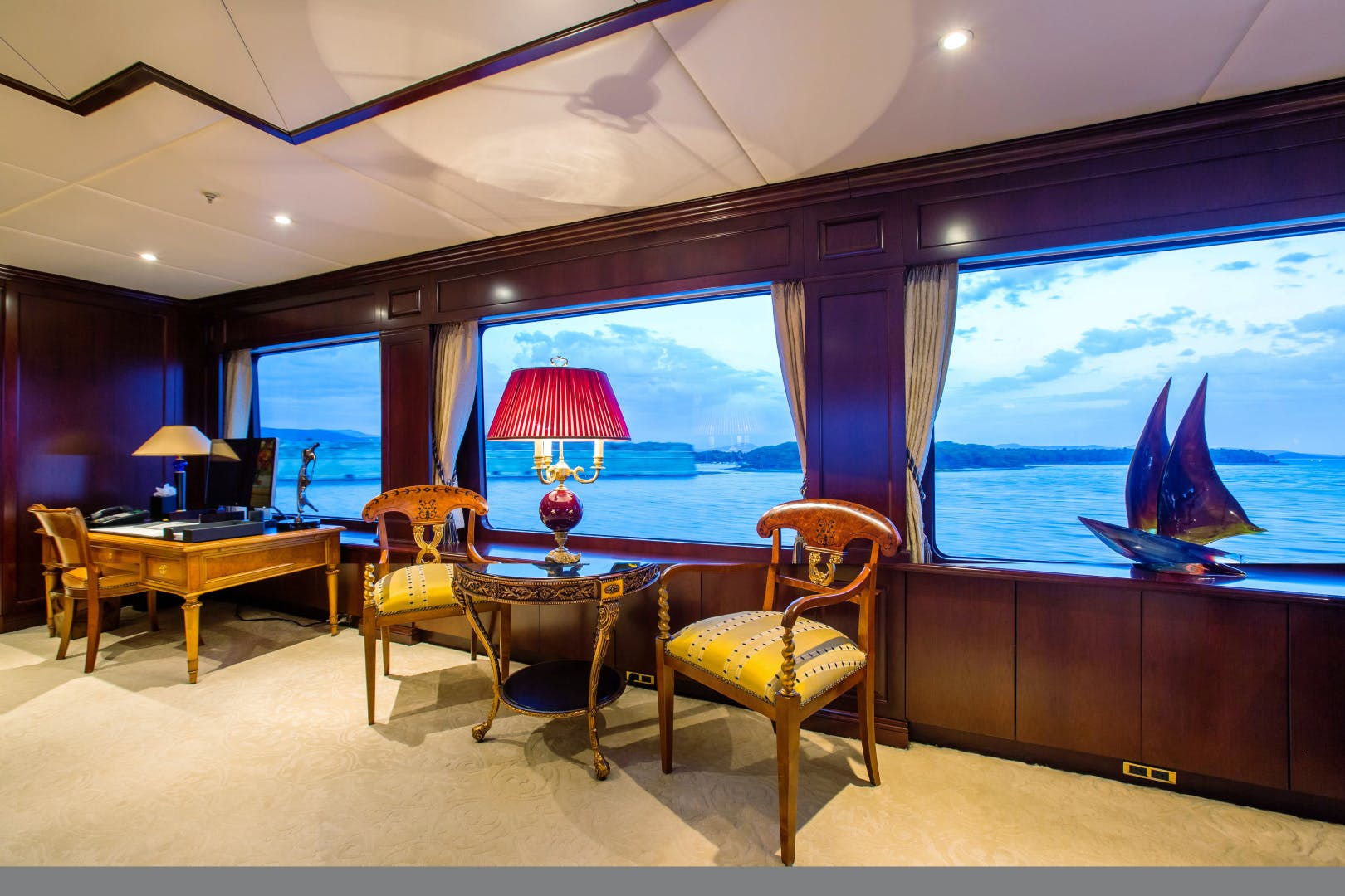 2005 Trinity Yachts 180'  MUSTIQUE | Picture 3 of 55