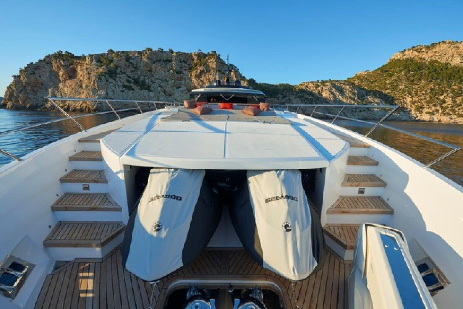 2021 Astondoa 110' 110 Century  | Picture 6 of 41