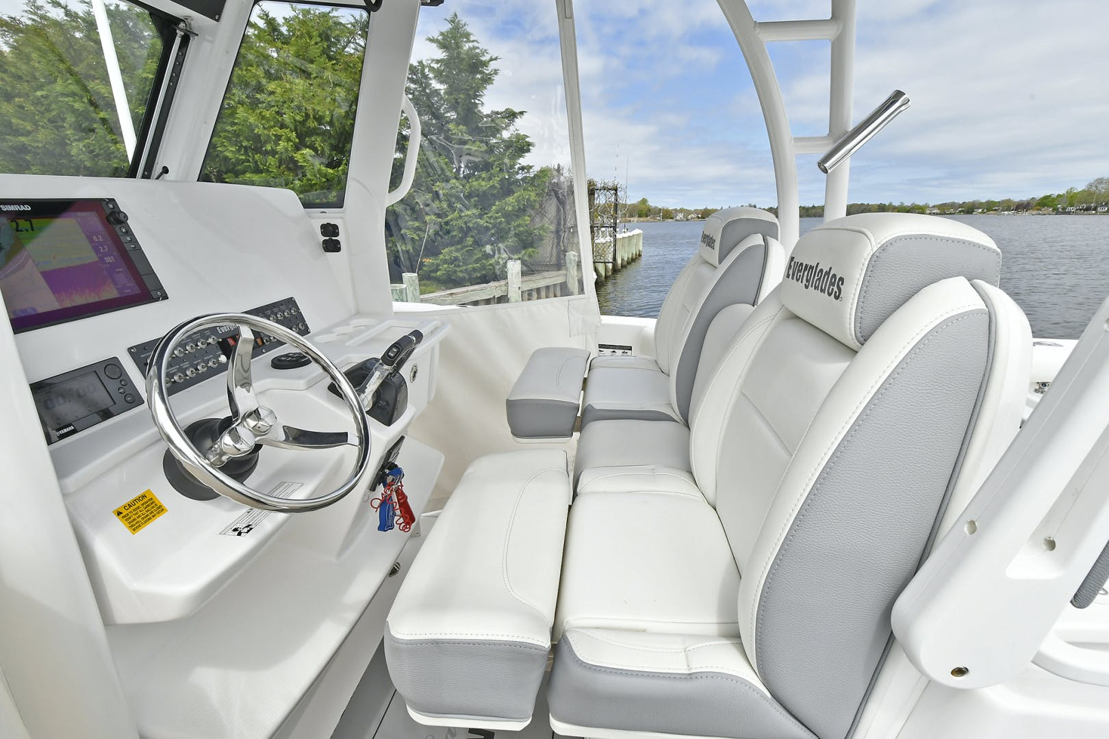 2016 Everglades 32' 32 Center Console Fan Sea Free | Picture 7 of 30