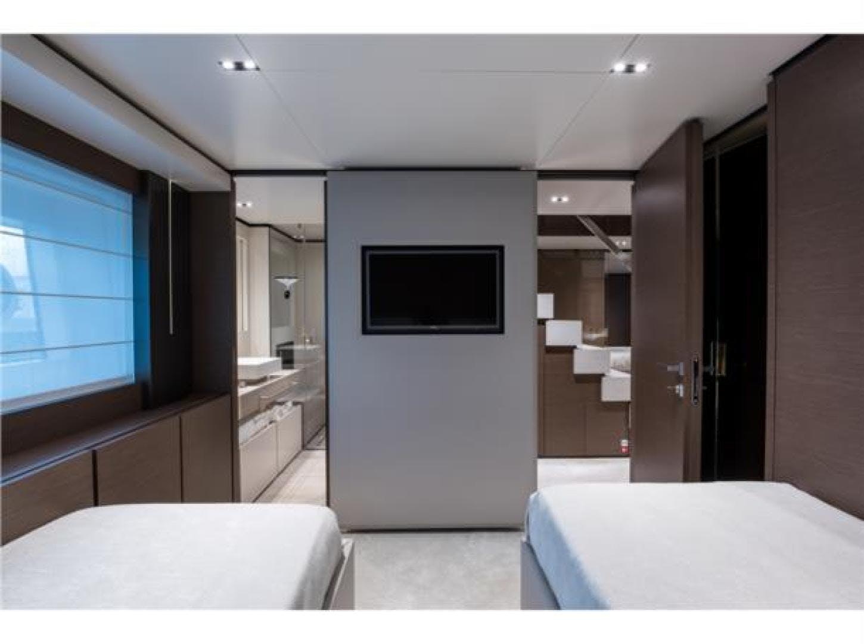 2018 Custom Line 108' Navetta 33 M    Picture 8 of 74