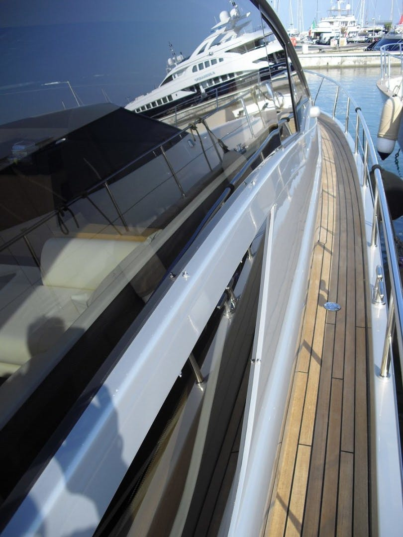 2010 Pershing 64' 64 ISABELLE OF LUXEMBOURG | Picture 1 of 27