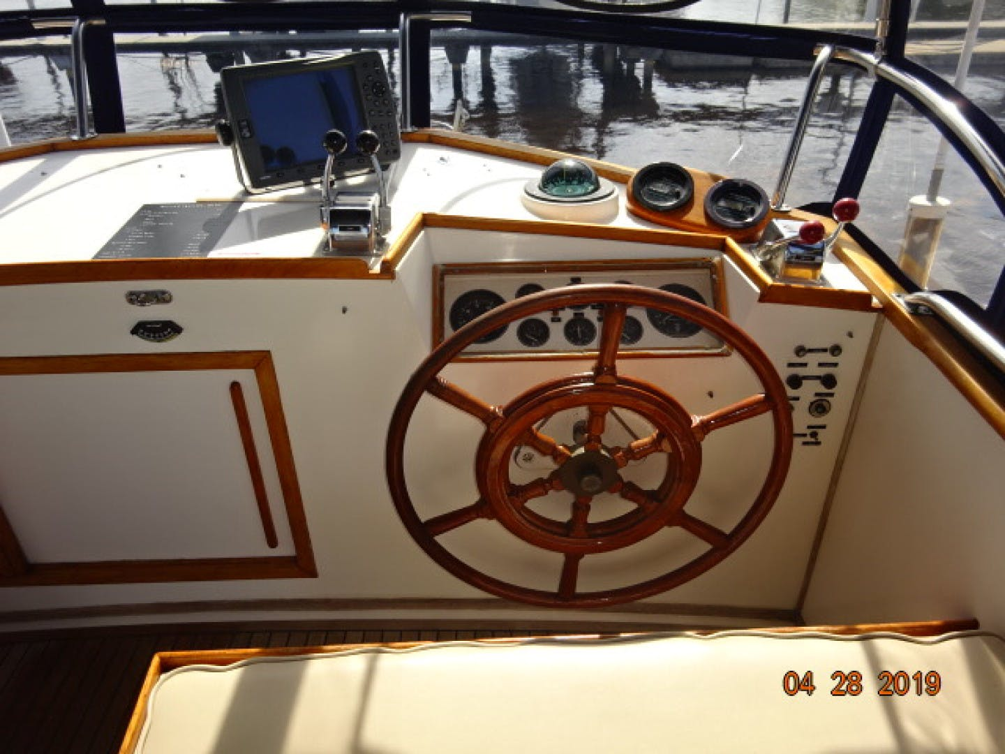 1985 Grand Banks 42' 2 stateroom Classic Kindred Spirit III | Picture 6 of 69