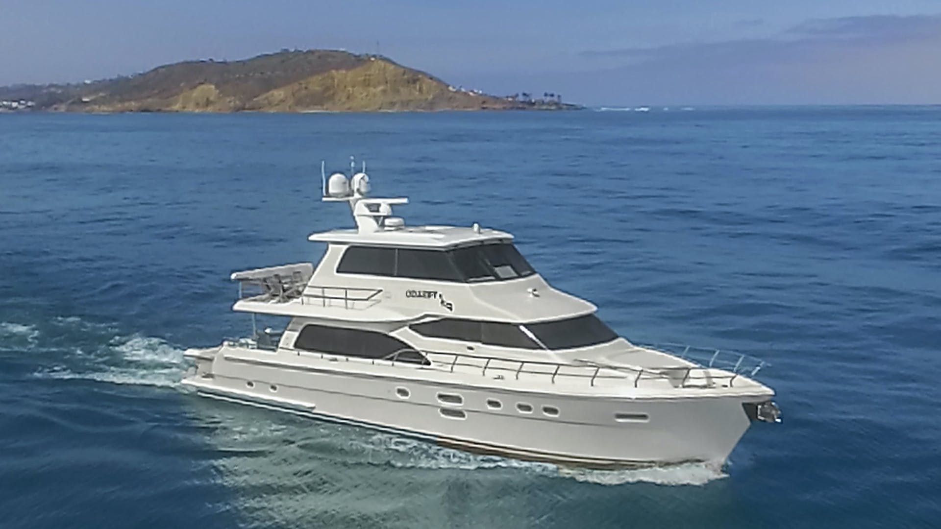 2014 Hampton 76' 76' Skylounge Motoryacht ODYSEA | Picture 2 of 55