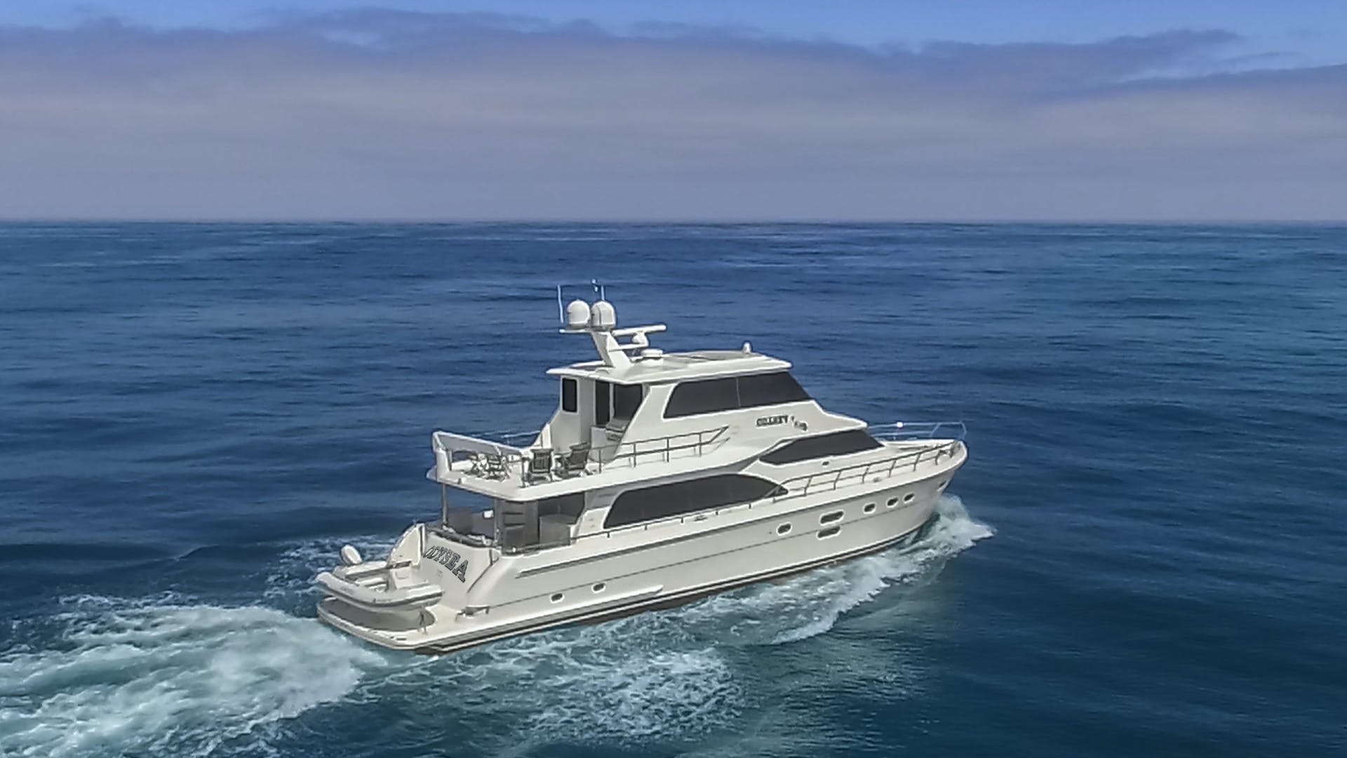 2014 Hampton 76' 76' Skylounge Motoryacht ODYSEA | Picture 1 of 55
