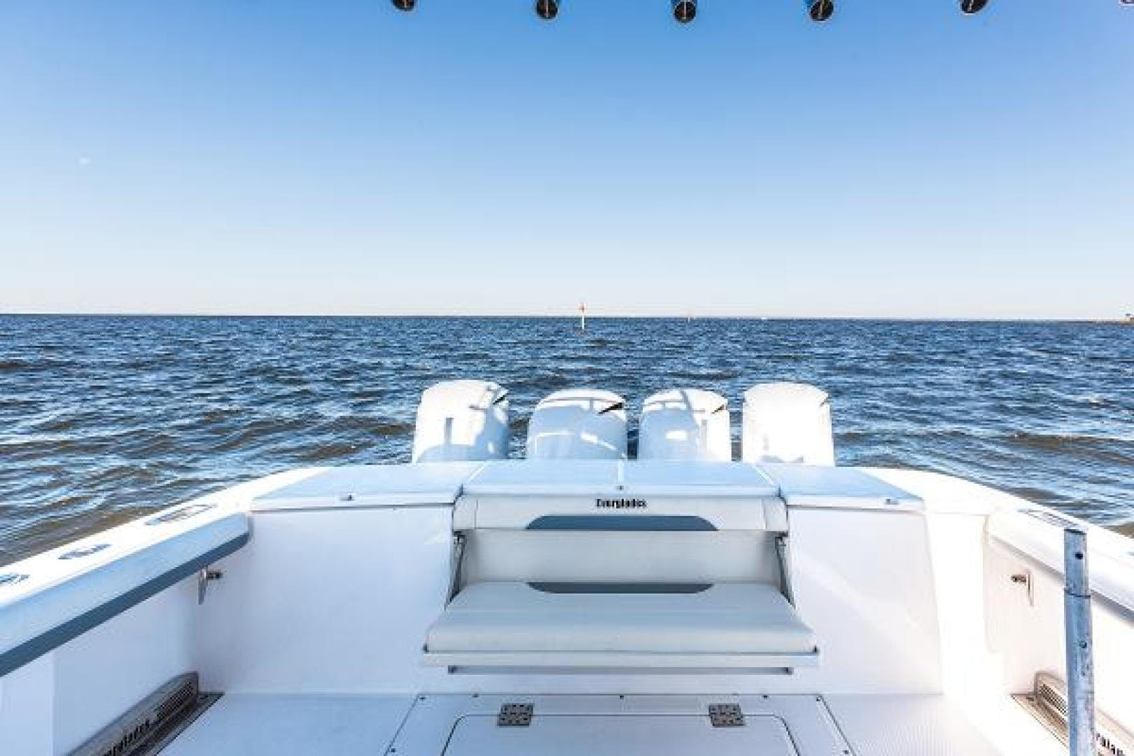2016 Everglades 43' 435 BLACK GOLD | Picture 8 of 25