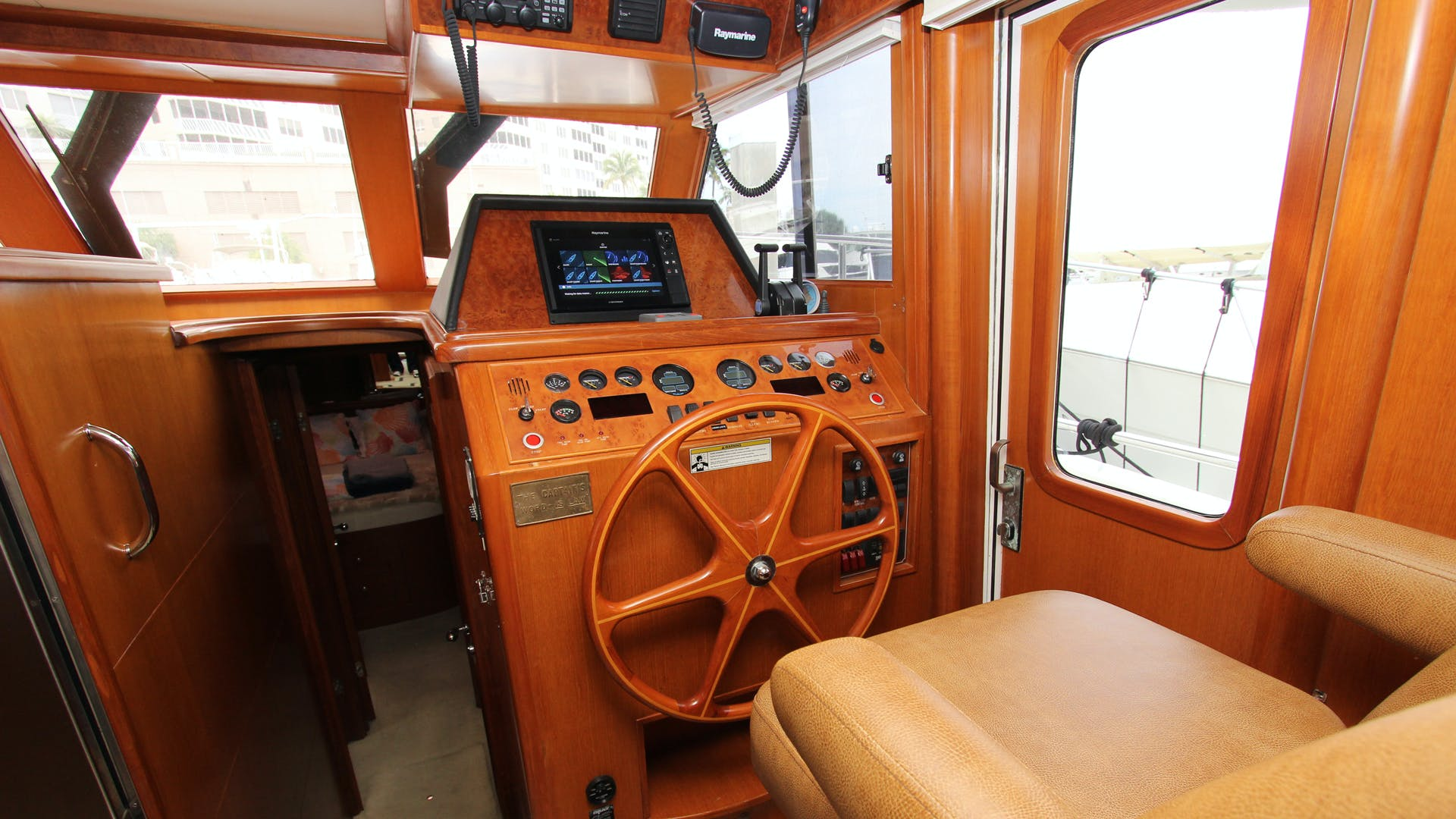 2006 Ocean Alexander 48' Classicco Lazy Suzan | Picture 7 of 13